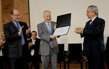 Entrega Honoris Causa