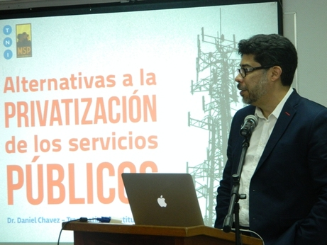 "La conferencia ""El estado, las empresas públicas y las alternativas ante la privatización"" se …"